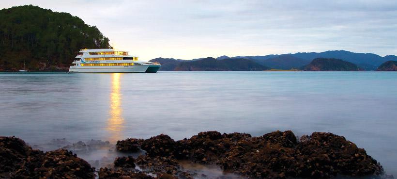 Overnight Cruises Bay of Islands