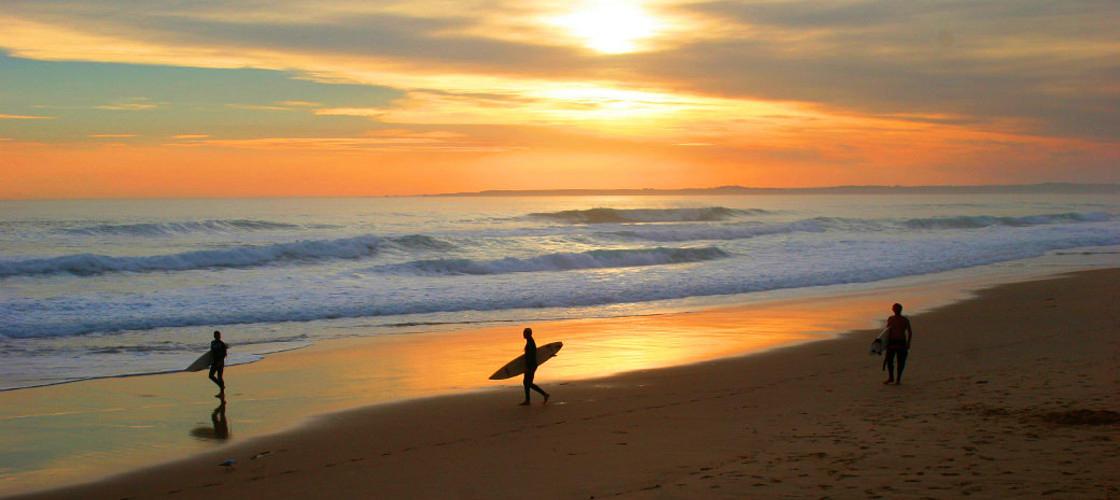 Phillip Island surfing best time to visit Victoria