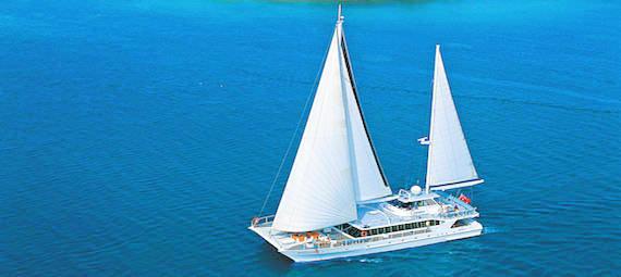 Low Isles Sailing Cruise