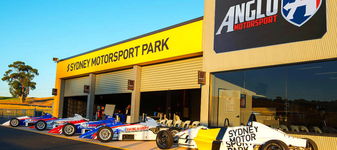 Sydney Motorsport Park Racing Expeirence
