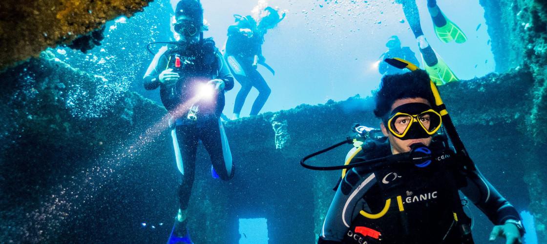 Dive the Ex HMAS Brisbane - Buy Vouchers Here Gift It Now