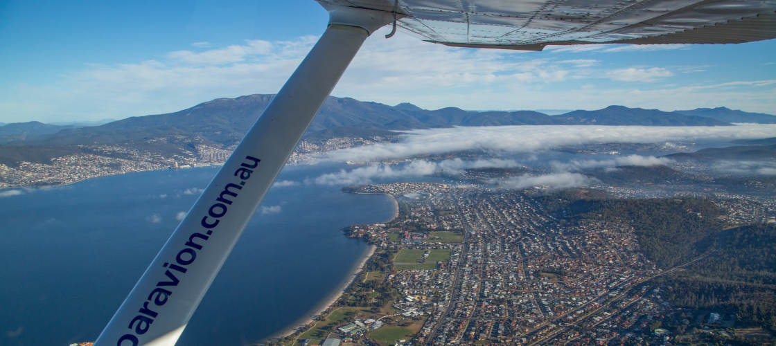par avion tasmania hobart flight
