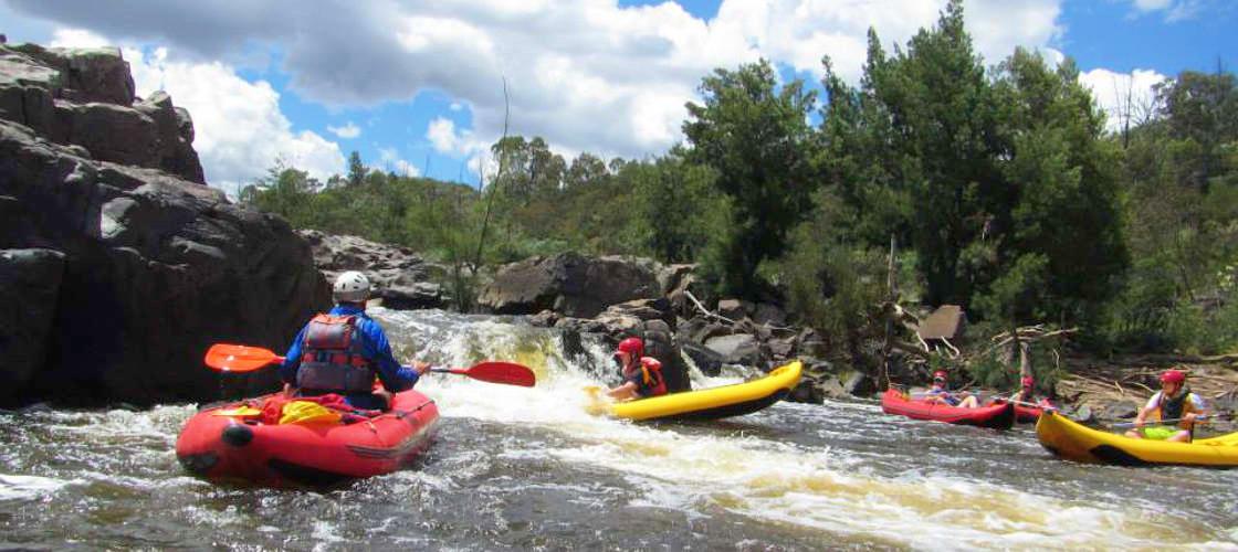 rafting adventurers Murrumbidgee River