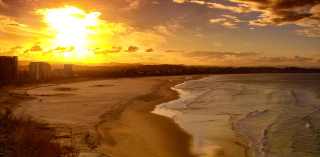Free Things To Do  Coolangatta Beach