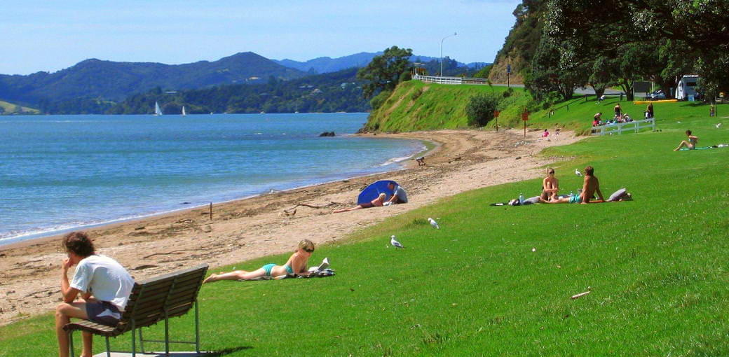 Free Things To Do  Paihia Town Beach