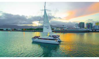 Cairns Harbour and Dinner Cruise Thumbnail 5