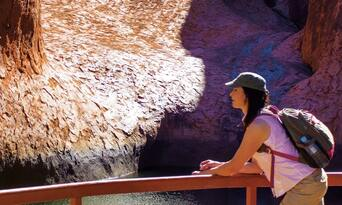 Uluru Morning Guided Base Walk including Breakfast Thumbnail 6