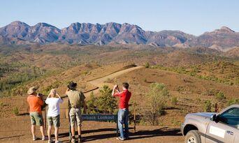 Flinders Ranges 4WD Aboriginal Cultural Sunset Tour Thumbnail 3