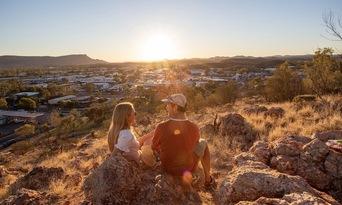 Alice Springs Desert Park and City Sights Full Day Tour Thumbnail 1