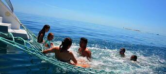 Fraser Island Half Day Eco Sailing Adventure Thumbnail 4