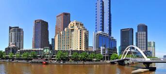 Melbourne City to Williamstown 2 hour Return Cruise Thumbnail 3