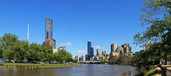Melbourne City to Williamstown 2 hour Return Cruise Thumbnail 1