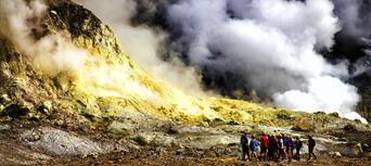 Guided White Island Volcano Tour with Rotorua Transfers Thumbnail 4