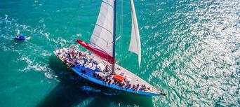Whitsundays Overnight Sailing Experience Thumbnail 6