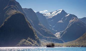 Milford Sound Coach and Cruise Departing Te Anau Thumbnail 1