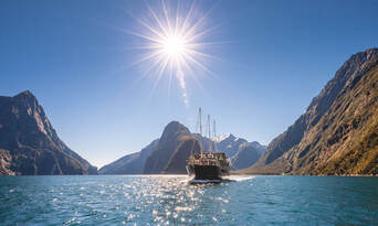 Milford Sound Coach and Cruise from Queenstown Thumbnail 1