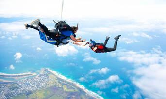 Great Ocean Road up to 15,000ft Tandem Skydive Thumbnail 3