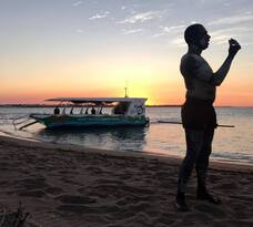 Hervey Bay Sunset Cultural Cruise with Champagne and Canapes Thumbnail 3