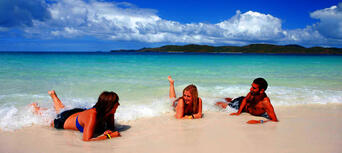 Whitsunday Islands and Whitehaven Beach Half Day Morning Departure Thumbnail 3