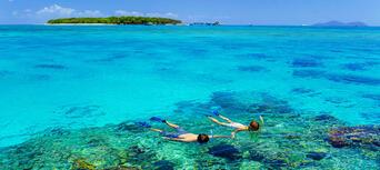 Green Island Day Trip - Return Ferry Transfer Only Thumbnail 2