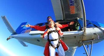 Skydive Abel Tasman 9,000ft Thumbnail 1