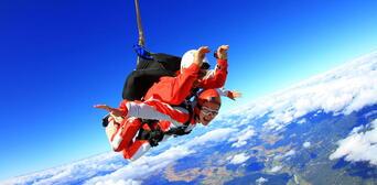 Skydive Abel Tasman 13,000ft Thumbnail 3