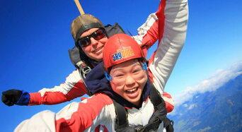 Skydive Abel Tasman 13,000ft Thumbnail 1