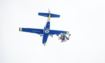 Sydney Wollongong Tandem Skydive up to 15,000ft Thumbnail 2