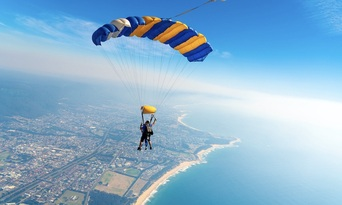 Sydney Wollongong Tandem Skydive up to 15,000ft Thumbnail 4