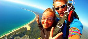 Noosa Tandem Skydive up to 10,000ft Thumbnail 4