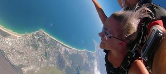 Noosa Tandem Skydive up to 10,000ft Thumbnail 6