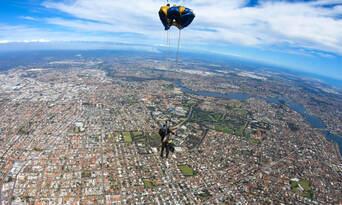 Perth Tandem Skydiving (Rockingham) Thumbnail 6