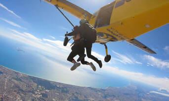 Perth Tandem Skydiving (Rockingham) Thumbnail 3