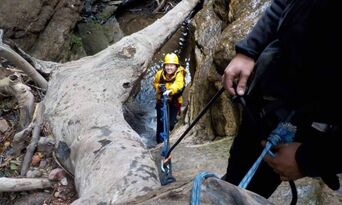 Blue Mountains Abseiling And Canyoning Thumbnail 3