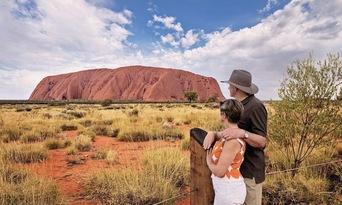 Uluru Sunset Tour With BBQ Thumbnail 1