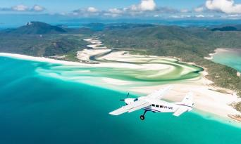 60 Minute Whitsunday Flight and Northern Exposure Rafting Package Thumbnail 6