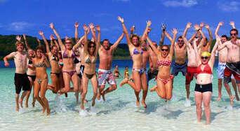 Overnight 4WD Resort Tour On Fraser Island Thumbnail 1