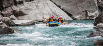 Shotover White Water Rafting and Heli Flight Thumbnail 4