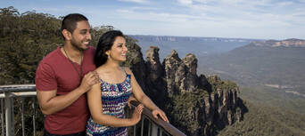 1 Day Blue Mountains & 3 Sisters Sunset Tour Thumbnail 1