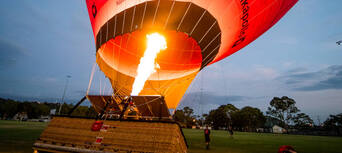 Gold Coast Hot Air Balloon Flight with BONUS photo package Thumbnail 1