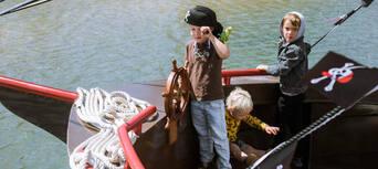 Mandurah Pirate Cruise Thumbnail 2
