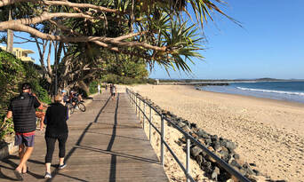 Noosa Day Tour including 2 Course Lunch and Everglades Cruise Thumbnail 4