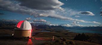 Lake Tekapo Stargazing Tour at Mt John Observatory Thumbnail 2