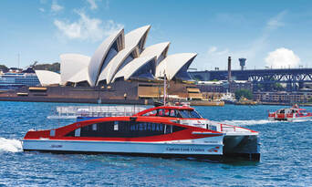 Sydney And Bondi Hop On Hop Off Bus Tour + 4 Famous Attractions Thumbnail 4