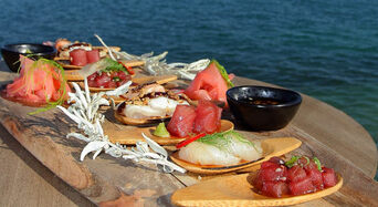 Victor Harbor Swim with the Tuna Experience + Seafood Tasting Platter Thumbnail 1
