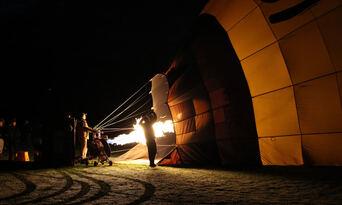 Hot Air Ballooning in Launceston & Northern Tasmania Thumbnail 5