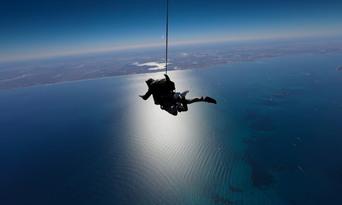 10,000ft Tandem Skydive over Rottnest Island Thumbnail 3