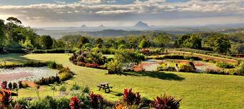 Maleny Botanic Gardens Aviary Tour Thumbnail 3
