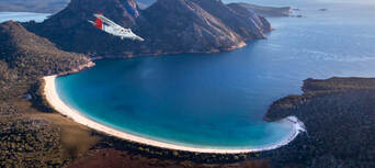 Wineglass Bay and Wildlife Tour with Scenic Flights from Hobart Thumbnail 1