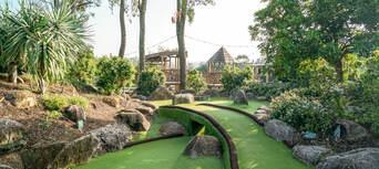 Victoria Park 18 Holes Mini Golf Thumbnail 5